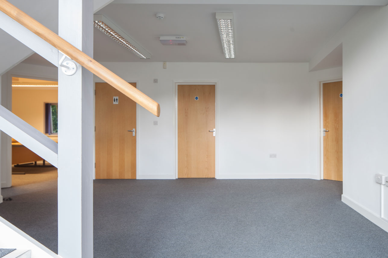 Ground floor enterance office space to let - The Design Centre Warminster